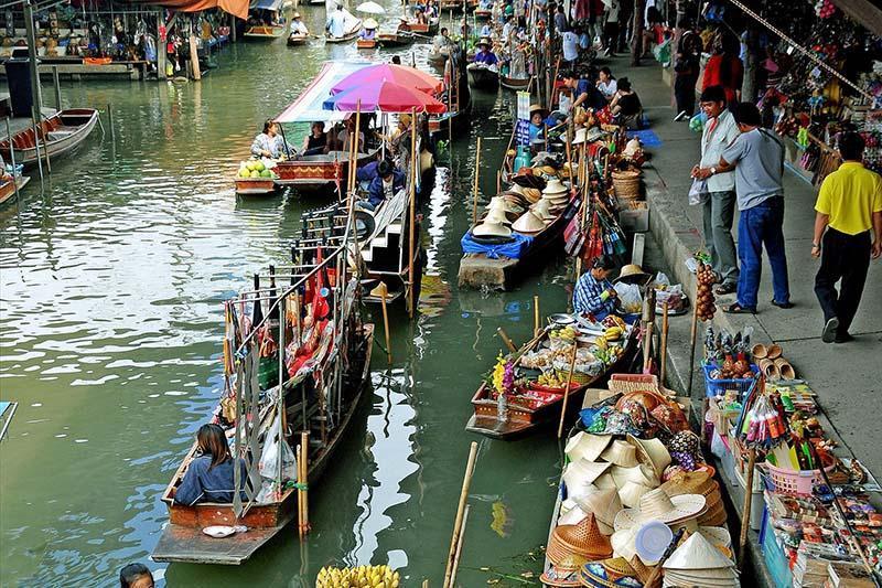 خرید از بازار شناور و خاص بانکوک!