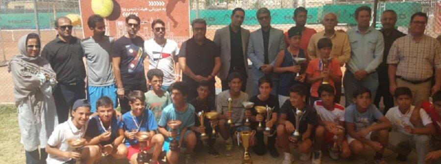 پازوکی و اکبرپور قهرمان تنیس پسران کشور شدند
