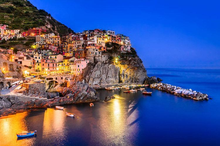 ایتالیا ورود گردشگران به دهکده های منطقه چینکوئه تره را محدود می نماید