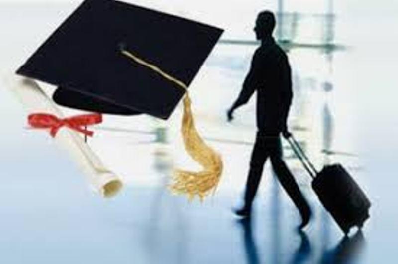 تمدید مجوز 42 موسسه اعزام دانشجو آنالیز می گردد