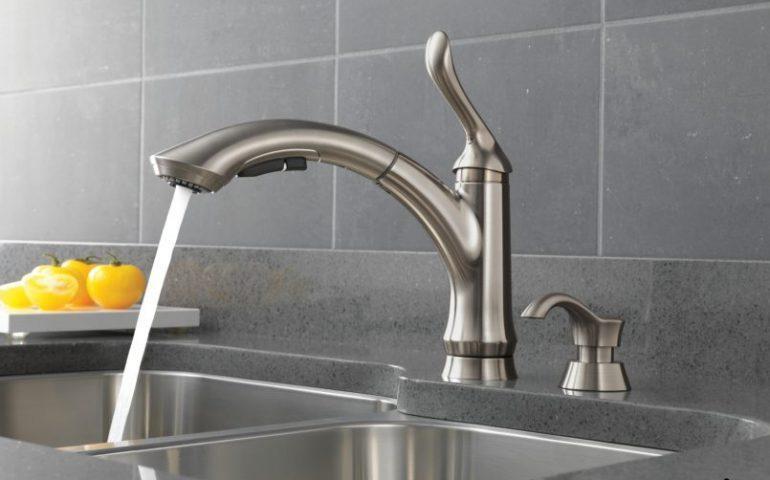 انواع شیر آب آشپزخانه بر اساس قوس و دسته