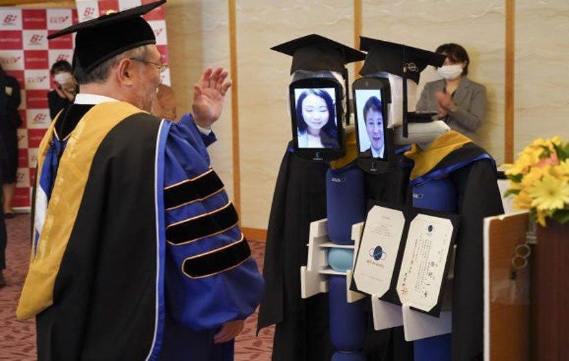 ویروس کرونا و برگزاری مراسم فارغ التحصیلی مجازی در دانشگاه ژاپن