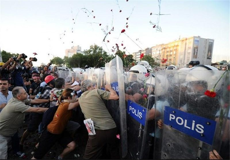 معترضان ترک خواستار آزادی بازداشت شدگان شدند