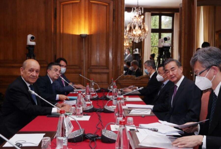 تاکید بر حفظ برجام در ملاقات وزیران خارجه چین و فرانسه