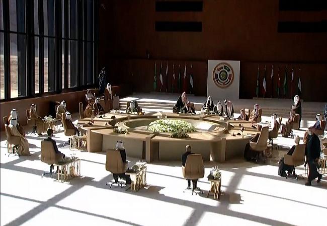 اظهارات امیر قطر و کویت و دیگر حاشیه های اجلاس شورای همکاری خلیج فارس