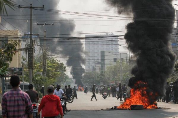 رهبر خونتای میانمار در روز ارتش از دموکراسی گفت