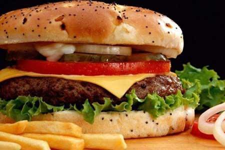 خطر مواد غذایی دودی کمتر از مصرف سیگار نیست